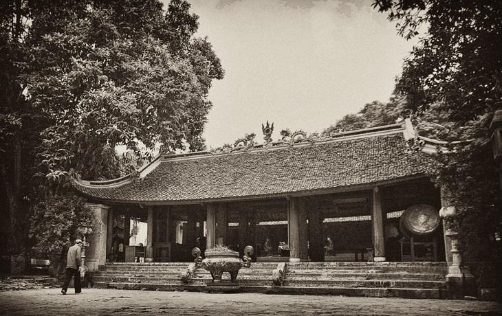 """Phân tích bài """"Chuyện chức phán sự ở đền Tản Viên"""" của Nguyễn Dữ"""
